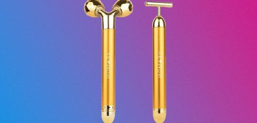 A Dupe for This Jennifer Aniston-Loved Face Massager Is on Sale