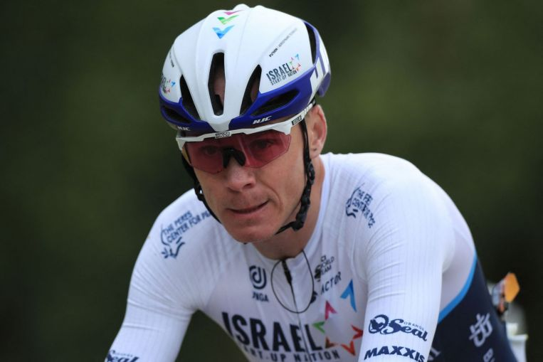 Cycling: Froome escapes serious injury in Tour de France crash