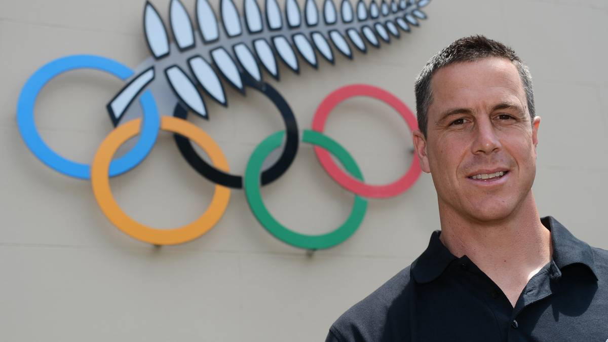 Former Olympic and world champion rower Rob Waddell to step down from chef de mission role after Tokyo Games