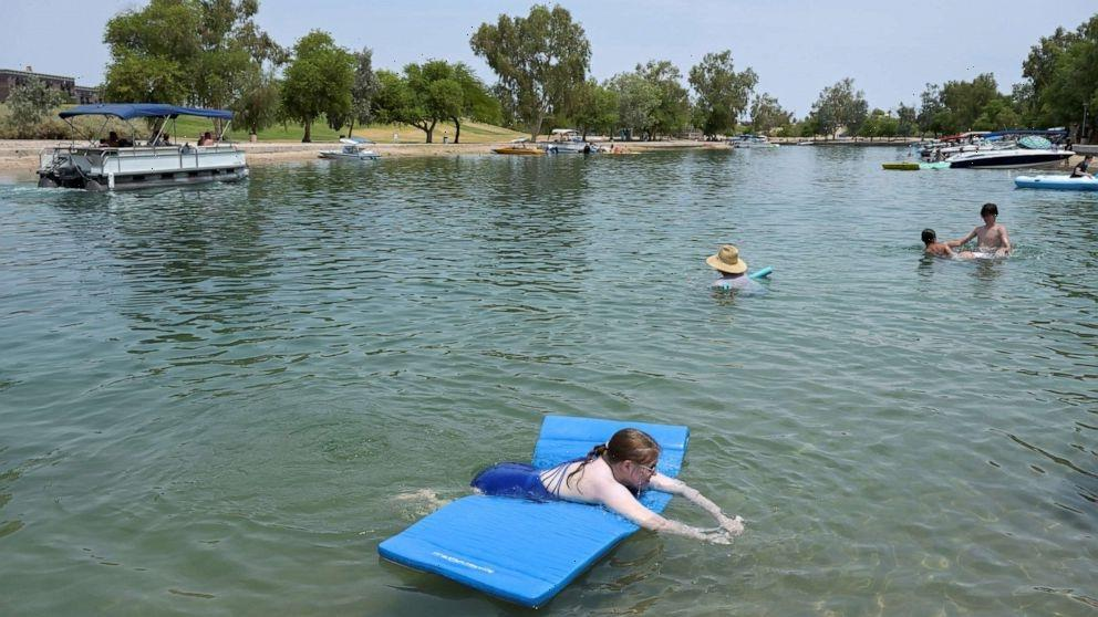 How to conserve energy during a heat wave