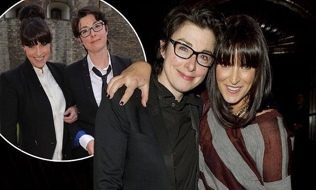 Sue Perkins 'splits from Anna Richardson after seven years of dating'