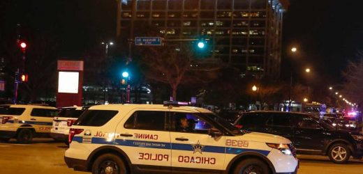 2 Chicago cops shot while breaking up 4th of July crowds