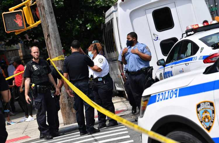 2 killed, 2 hurt in separate NYC shootings