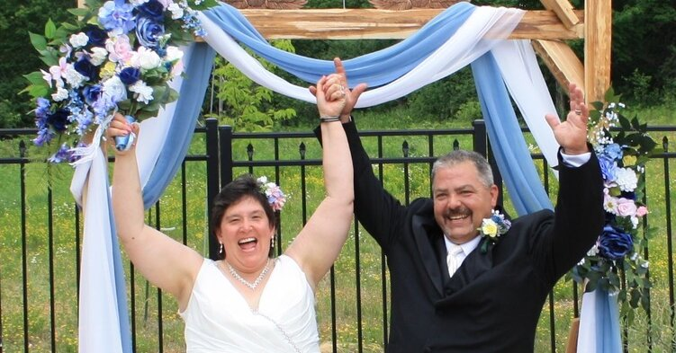 A Happy Union for a Couple Who Skipped Their First Date