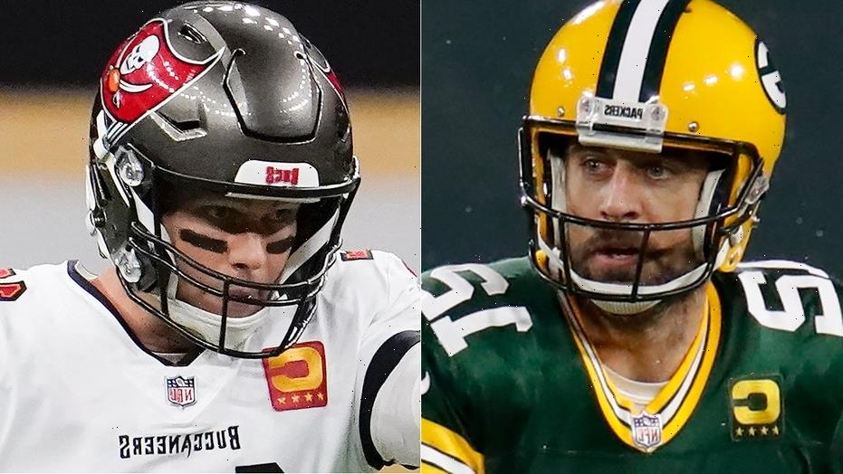 Aaron Rodgers delivers hilarious commentary on Tom Brady's golf game ahead of 'The Match'