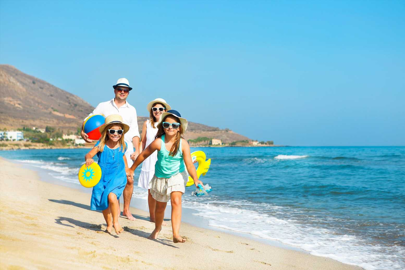 Amber list travel insurance: Am I covered? Rights explained
