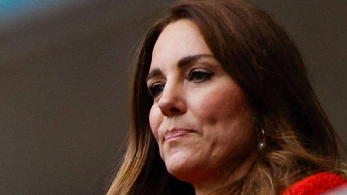 Daniela Elser: Kate Middleton's heartbreak hidden in Prince George birthday photo