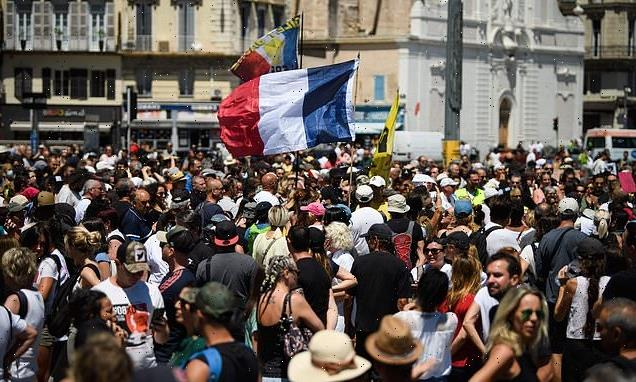 Huge protest in France against Macron's plan for health passes