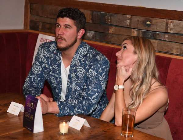 'Love Is Blind': Jessica Says There's Still Tension With Barnett and Amber