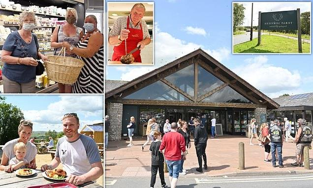 Motorway services that sell Ramen noodle broth from porcini mushrooms