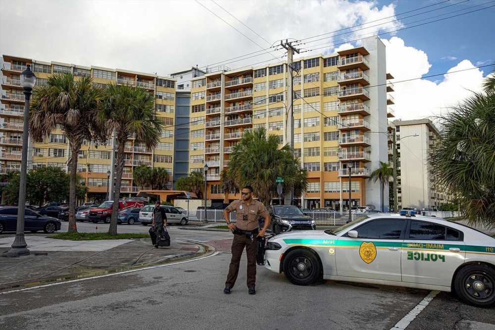 Officials say evacuated North Miami Beach condo must remain empty
