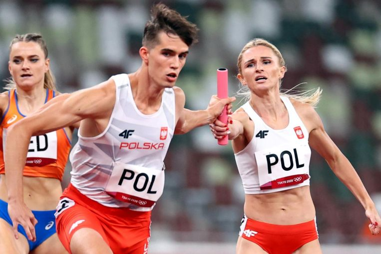 Olympics: Poland top 4×400 mixed relay athletics heats as US disqualified