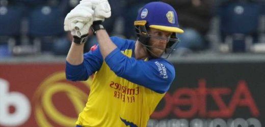 Royal London One-Day Cup: Graham Clark and Alex Lees get Durham off to winning start