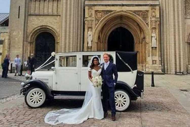 Simon Thomas marries Derrina Jebb three years after tragically losing his wife to leukaemia