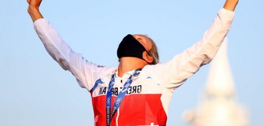 Tokyo Olympics: Emma Wilson eclipses achievements of trailblazing mother to claim windsurfing bronze