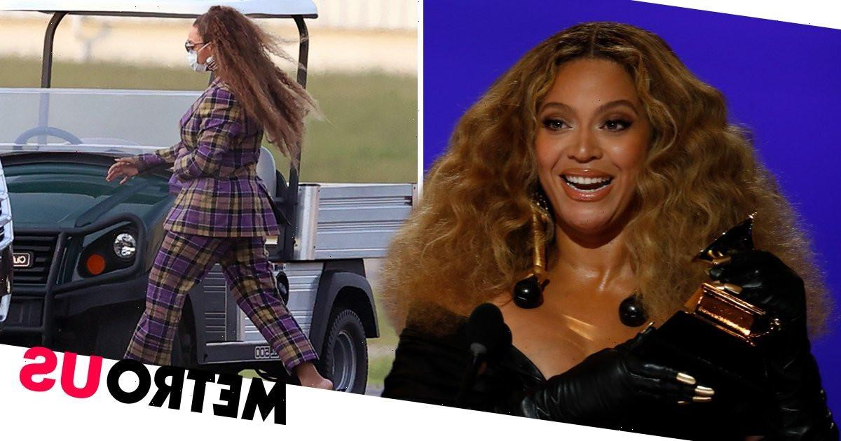 Beyonce slays on family holiday in Hamptons after teasing us all with new music