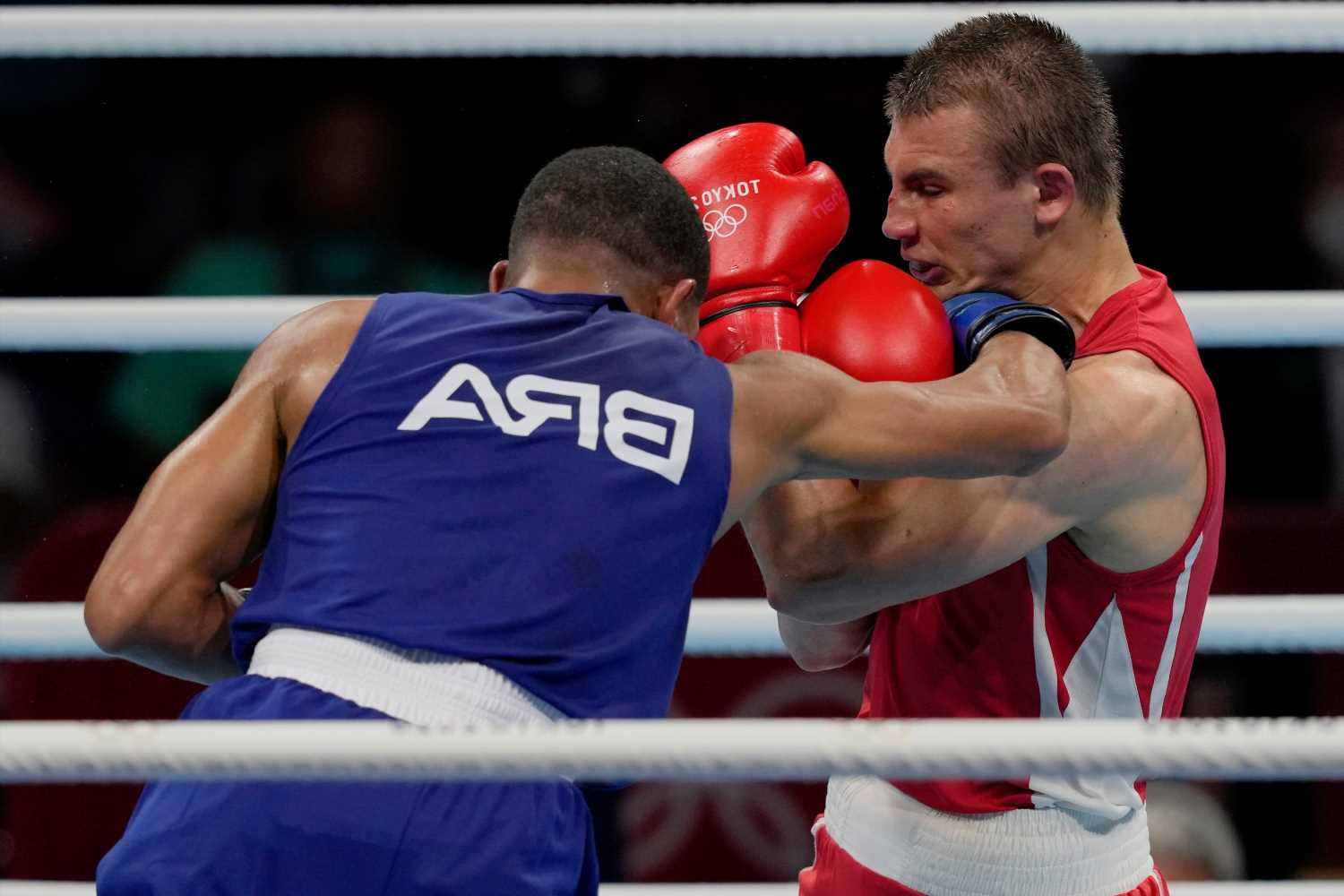 Brazilian Hebert Sousa KOs opponent in final minutes to win stunning Olympic gold after trailing on scorecards