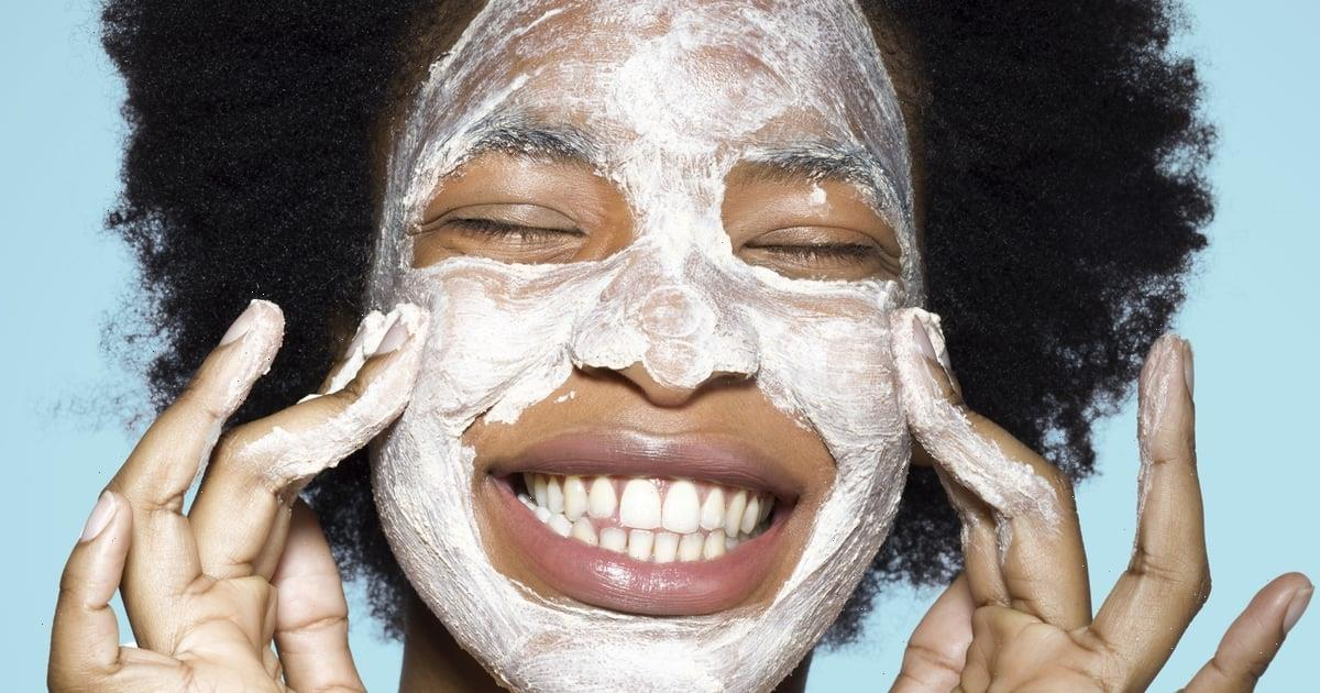 Find the Perfect Skin-Care Routine For Your Oily Skin Type With the Help of an Expert