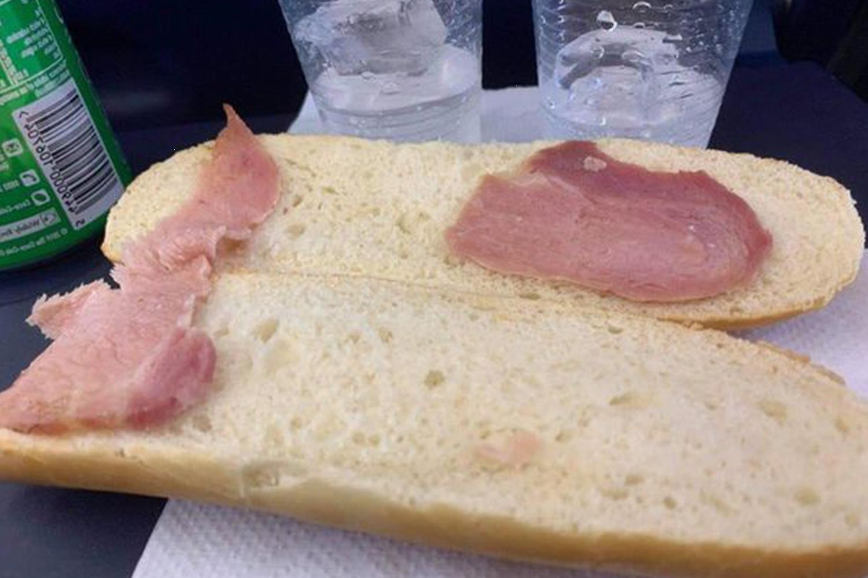 Holidaymaker slams 'world's saddest bacon sandwich' on Ryanair flight costing £4.70 as Twitter users joke she should sue
