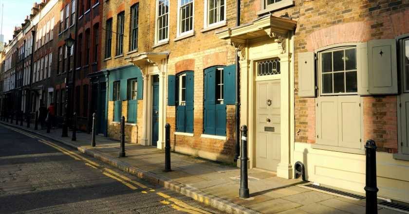 """London's most """"affordable"""" postcodes (where a house still costs well over £250,000)"""