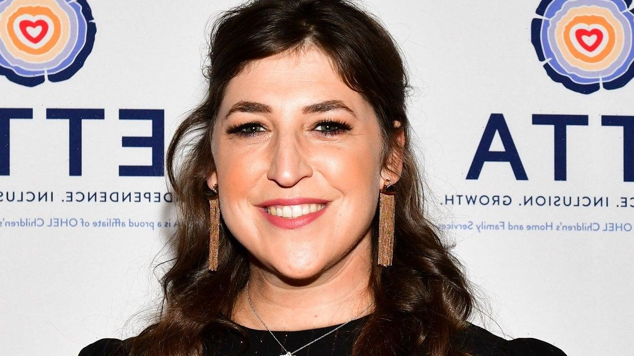 Mayim Bialik Will Fill In as Host of 'Jeopardy!' as Production Resumes
