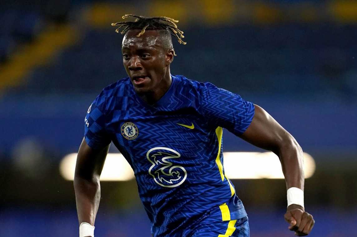 Roma chief jetting in to London in bid to complete Tammy Abraham transfer but Chelsea striker prefers Arsenal