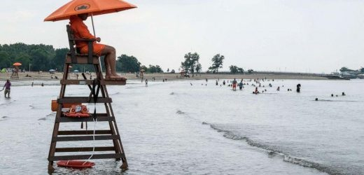Teen dies after being struck by lightning at New York City beach