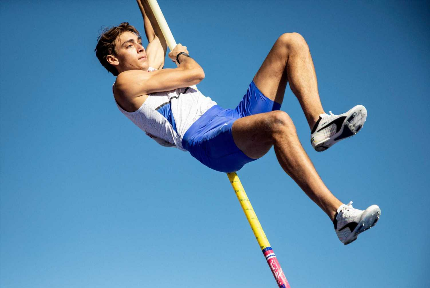 Why does Olympic pole vaulter Armand Duplantis compete for Sweden not USA?