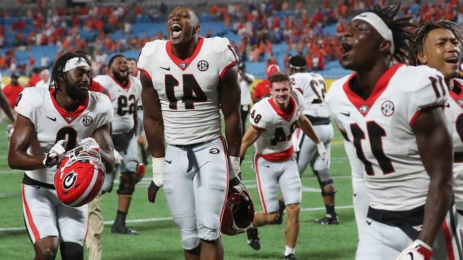 AP Top 25: Georgia jumps to No. 2 behind Tide; UCLA moves in
