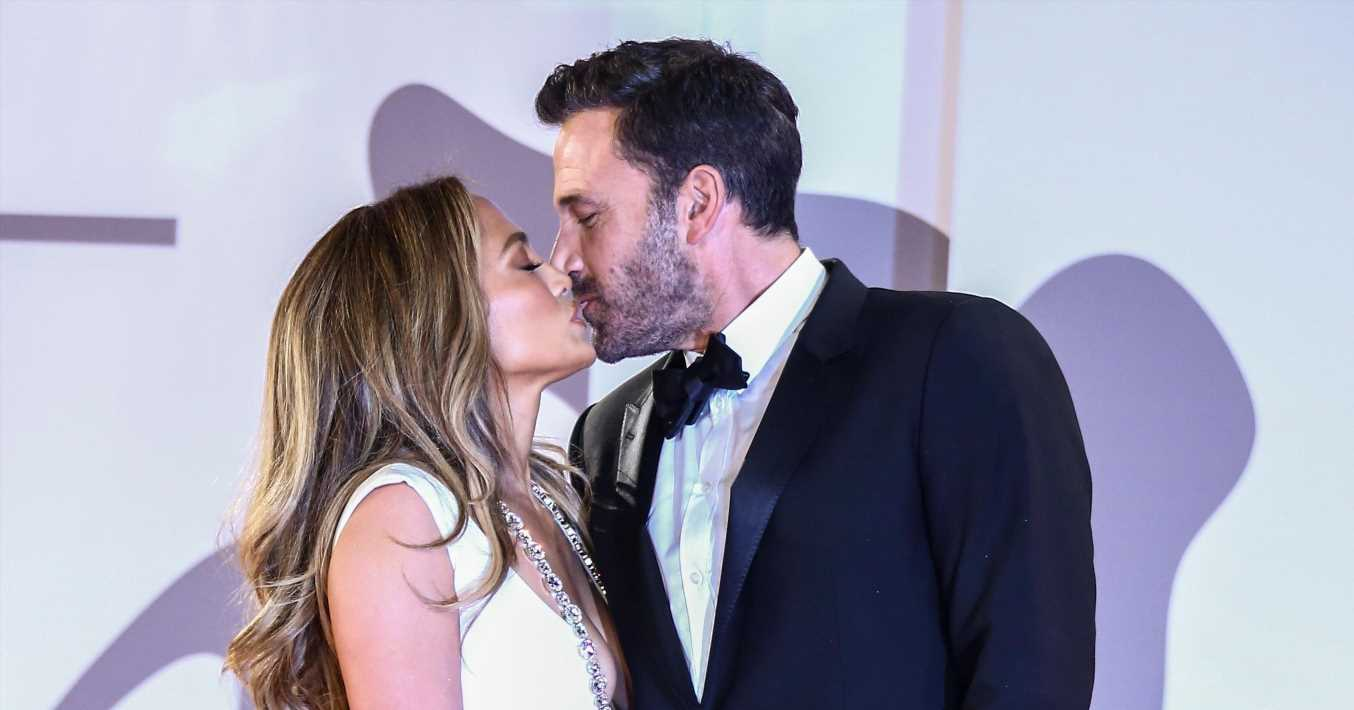 Ben Affleck says he's 'in awe' of Jennifer Lopez, plus more news
