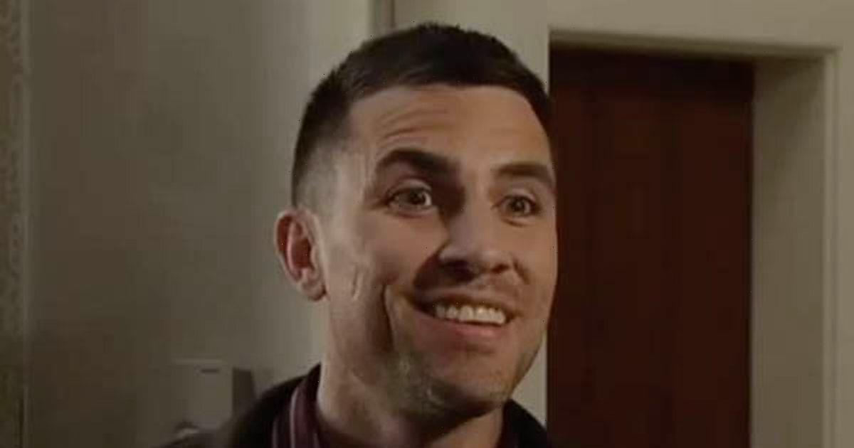 Coronation Street fans convinced Rick Neelan murdered father of Kelly's pal Mia