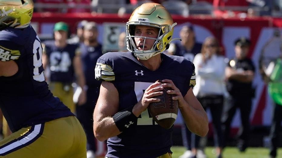 Ex-Notre Dame quarterback ecstatic Wisconsin let Jack Coan transfer