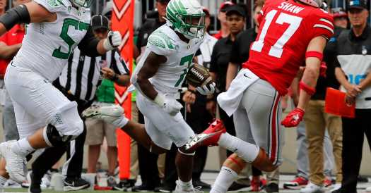 Oregon Upsets Ohio State, Keeping Pac-12 in Playoff Mix