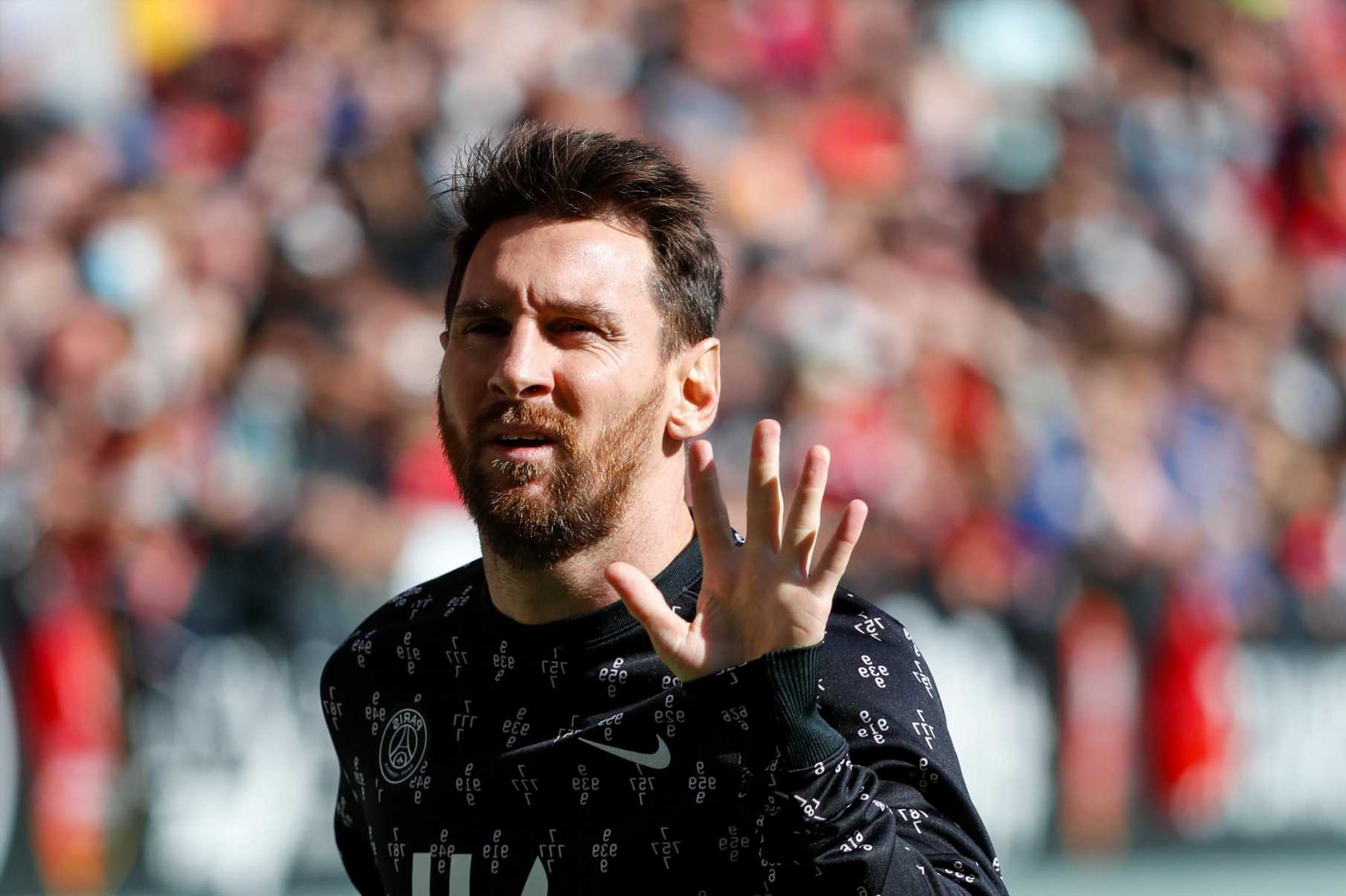 Barcelona hoped Lionel Messi would play for them for FREE and turn down PSG transfer after LaLiga salary cap ban