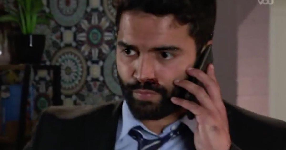 Corrie fans spot Sabeen phone blunder as they slam 'spineless' cheat Imran