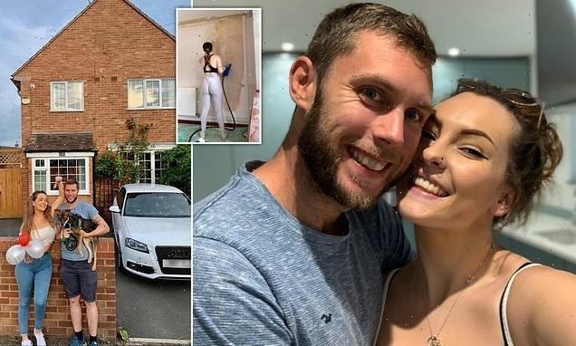 Teenager who's been 'saving since she was 15' buys first home at 19